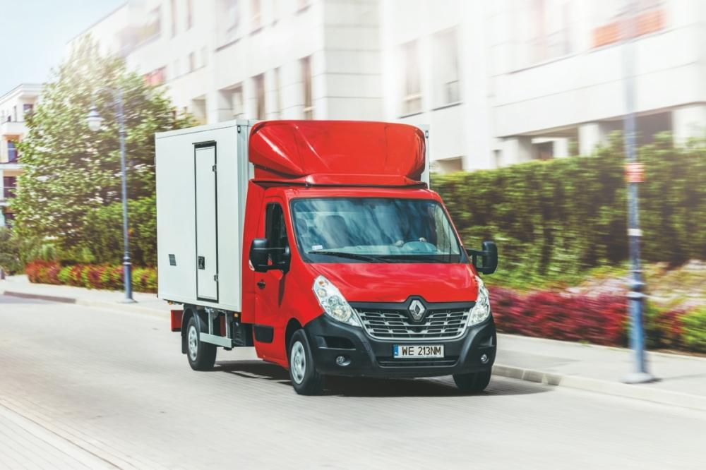 Zabudowa Renault Master Izoterma
