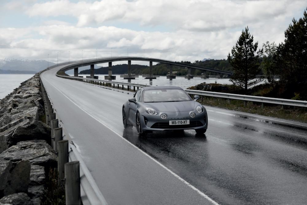 Alpine A110S w trasie